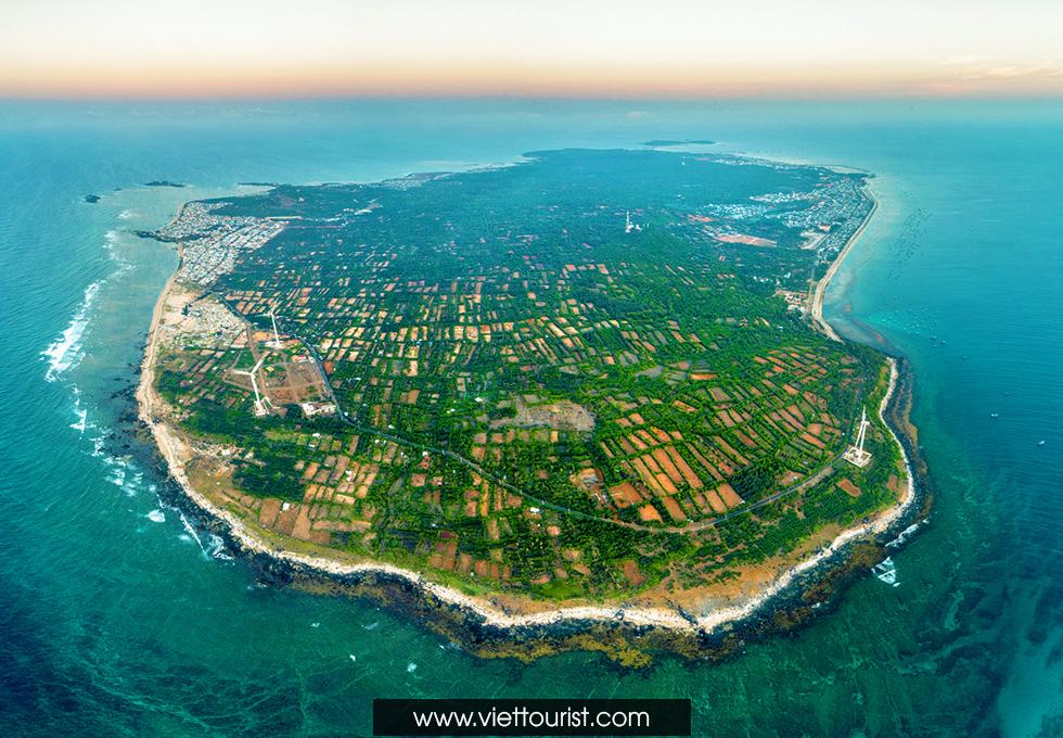 Những địa điểm tham quan tuyệt vời không nên bỏ qua khi đến Đảo Phú Quý