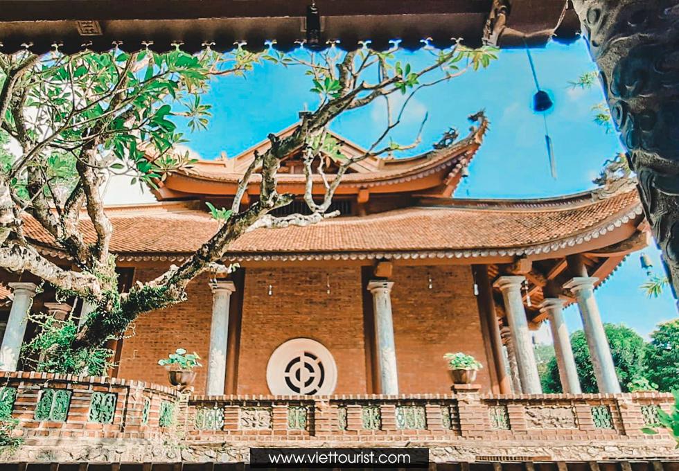 Đắm mình trong sự yên bình tại Địa Tạng Phi Lai Tự
