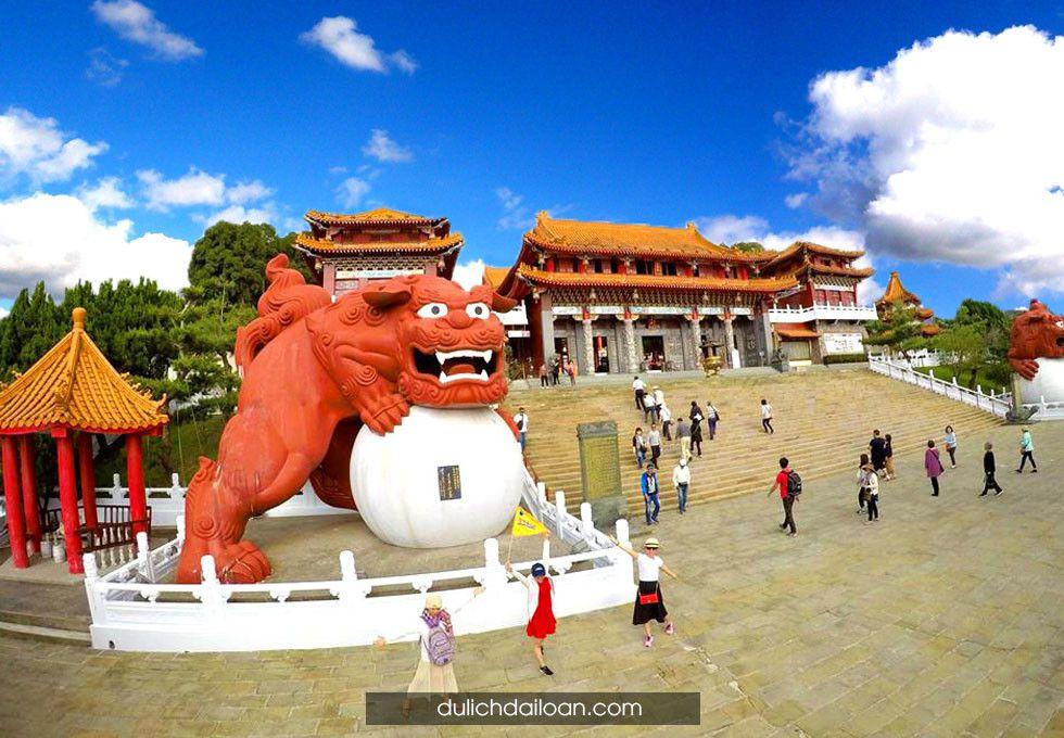 du lịch Đài Loan Văn Võ Miếu