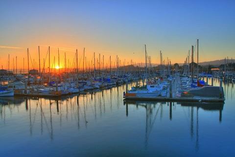 Thành phố cảng thanh bình Monterey, California