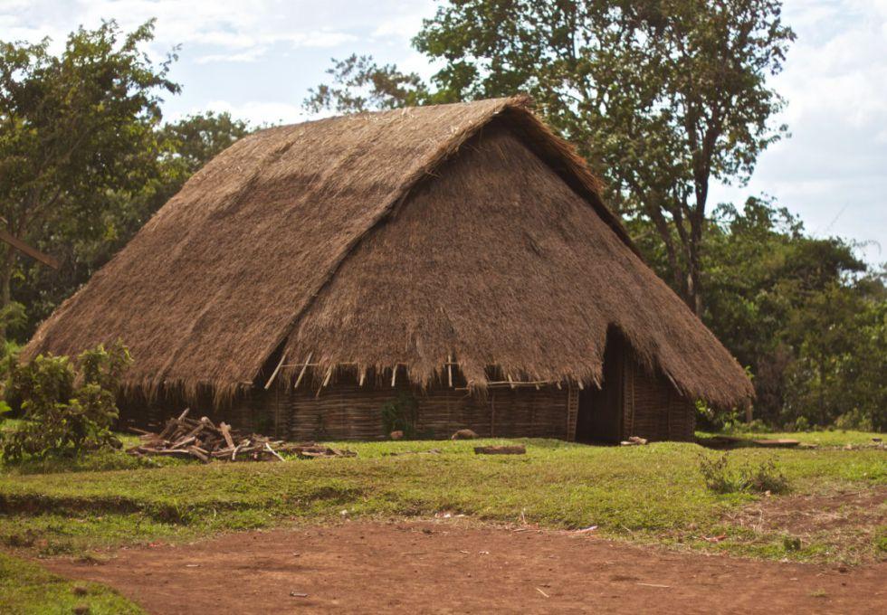 du lịch Mondulkiri làng dân tộc Pnong