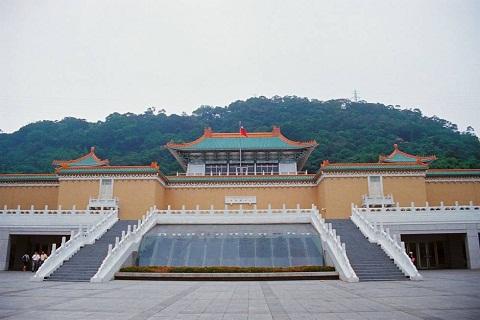 Bảo Tàng Cố Cung – Nơi trưng bày cổ vật Trung Hoa lớn nhất thế giới