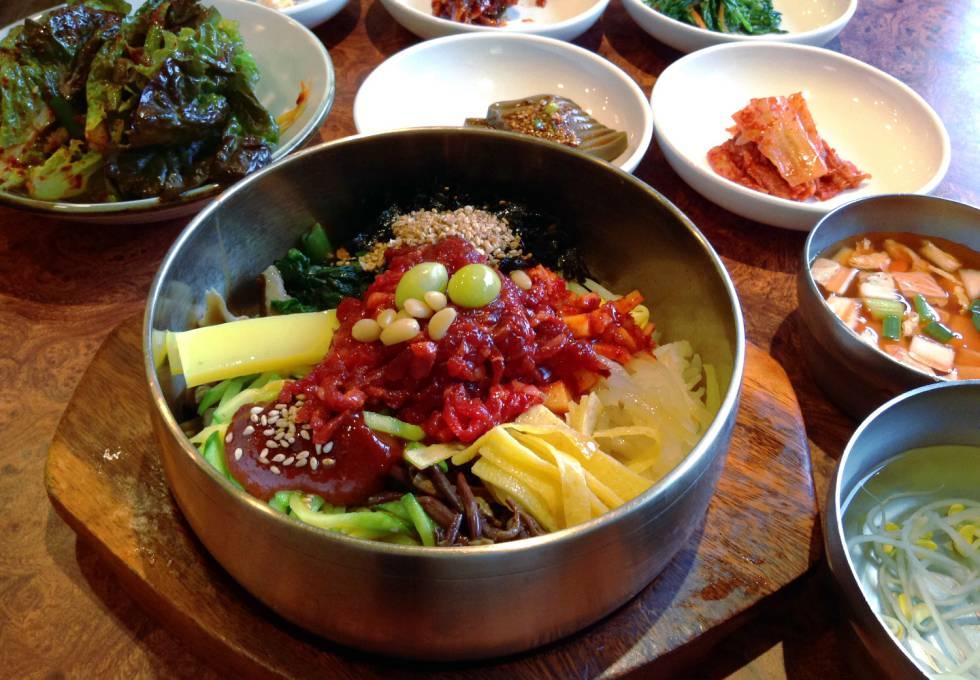 pho-myeongdong-han-quoc