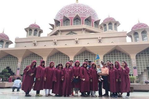 Tổng hợp hình ảnh tour du lịch Malaysia : Tháng 10 sôi động cùng Viettourist