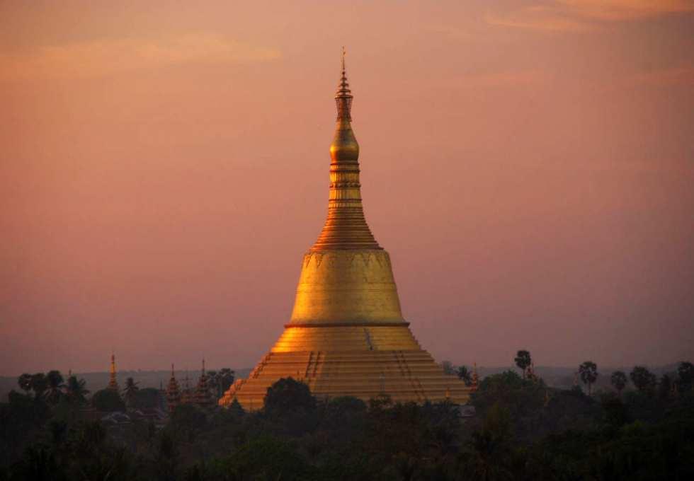 Shwemawdaw-Paya-du-lich-myanmar
