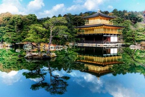 Thăm cố đô Kyoto ngắm chùa Vàng Kinkakuji nghìn tuổi