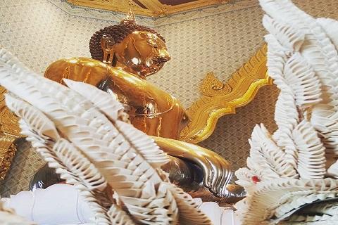 Chùa Vàng (Wat Traimit) và những sự tích huyền bí của tượng Phật Vàng ở Bangkok