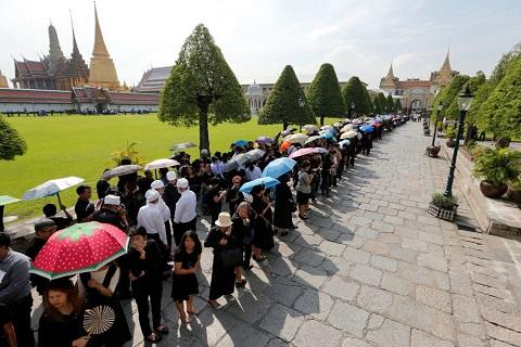 Lễ hỏa táng cấp Hoàng gia : Vua Rama IX – vị thánh sống của nhân dân Thái Lan