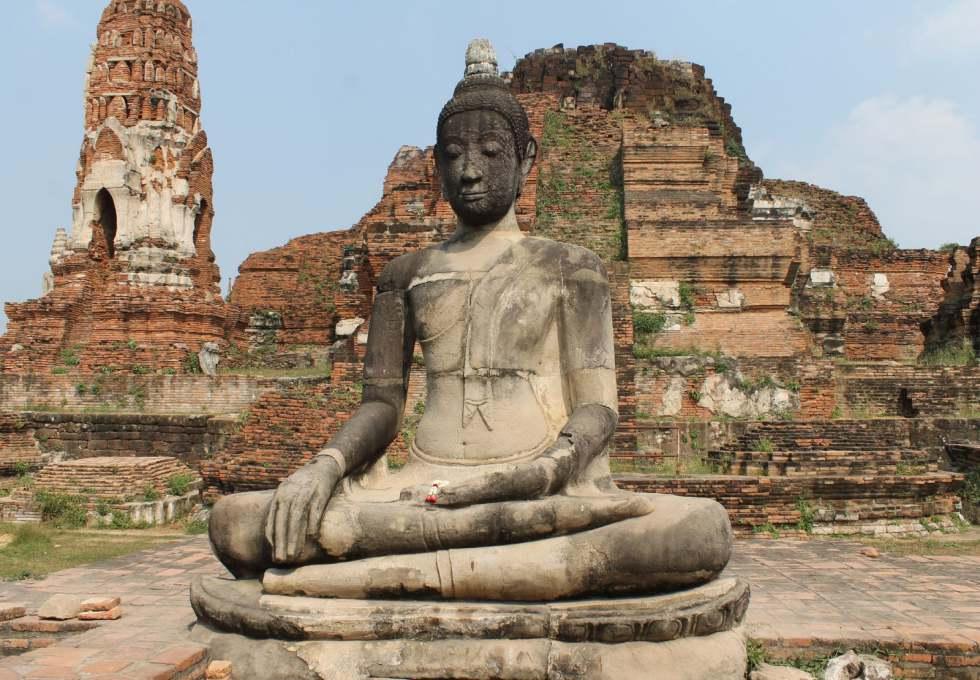 chua-wat-mahathat-ayutthaya-viettourist