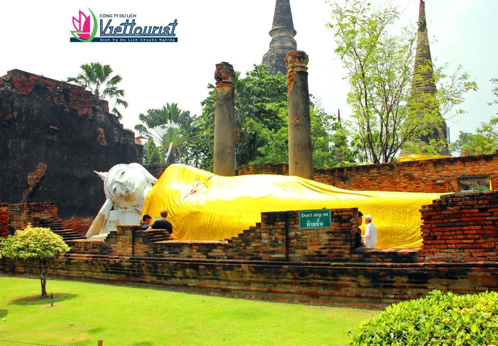 chua-yai-chaimongkhon-ayutthaya-viettourist
