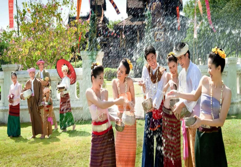 le-hoi-te-nuoc-songkran-thai-lan-viettourist