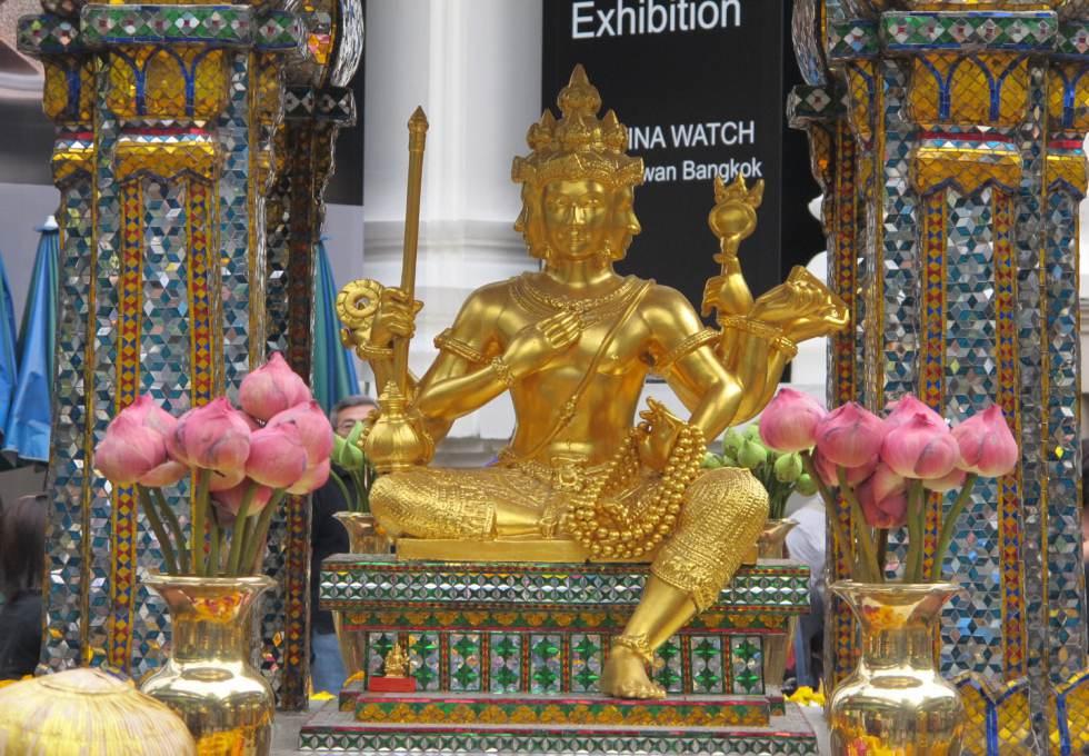 phat-bon-mat-thai-lan-viettourist
