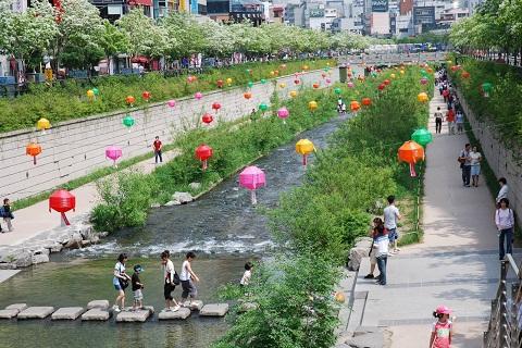 Cheonggyecheon – Dòng suối giữa lòng thủ đô Seoul