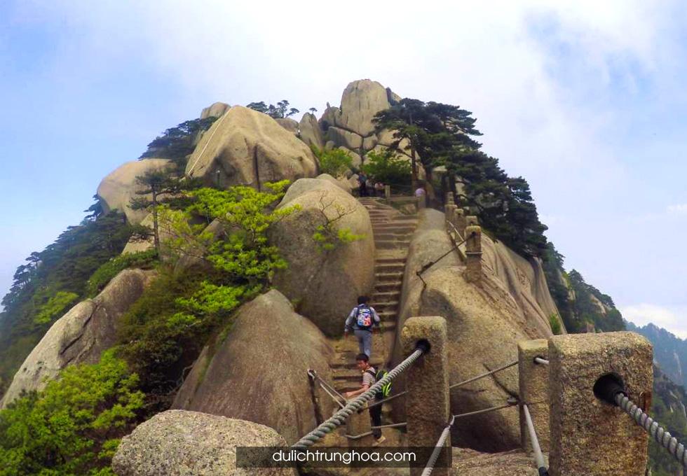 du lịch Hoàng Sơn Thiên đô phong