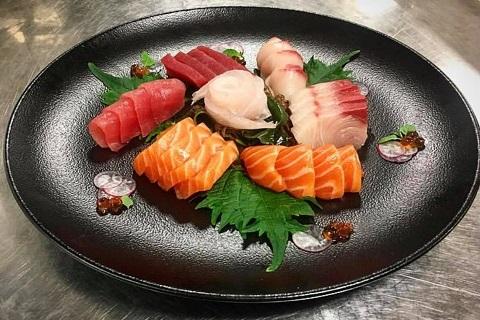 """10 món ăn """"trứ danh"""" không nên bỏ lỡ khi du lịch Nhật Bản"""