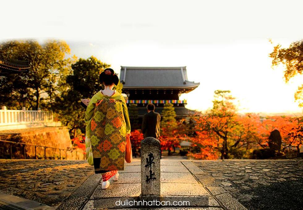 geisha-maiko