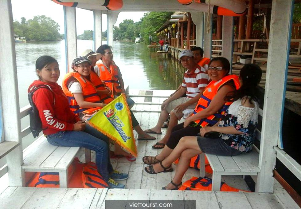 dao-song-cua-can-phu-quoc-viettourist