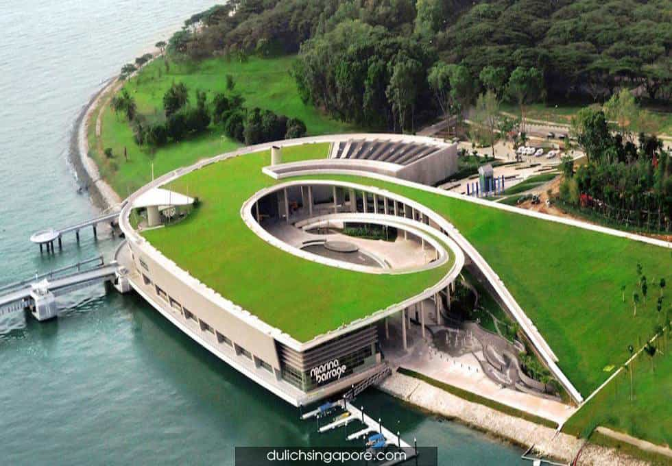 dap-marina-barrage-du-lich-singapore-3-ngay-2-dem