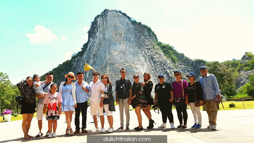 Chân Phật Bảo Sơn Thái Lan