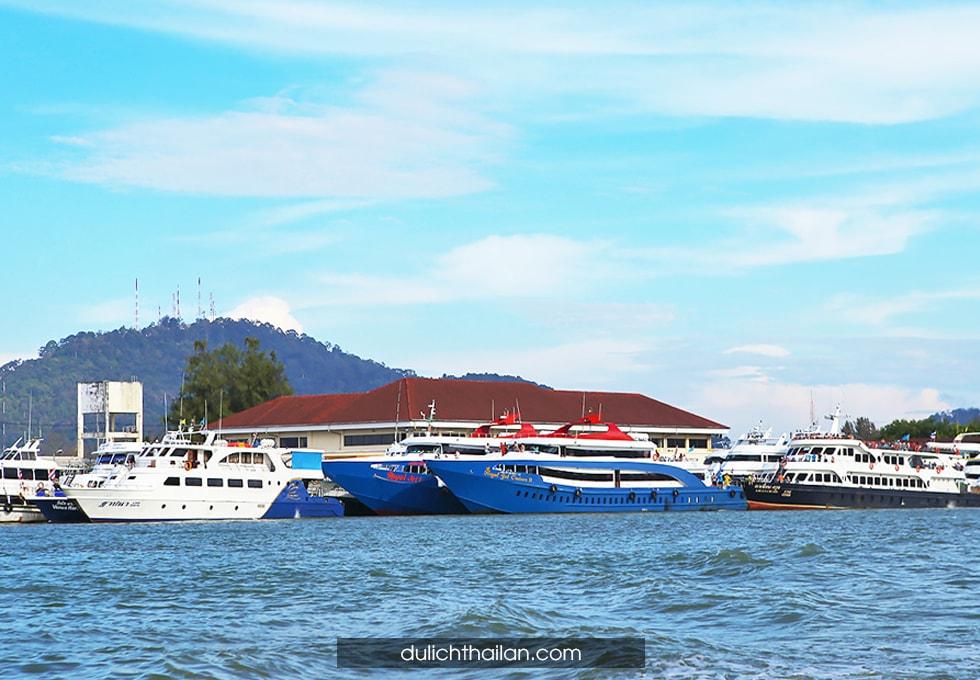 bến tàu Rassada