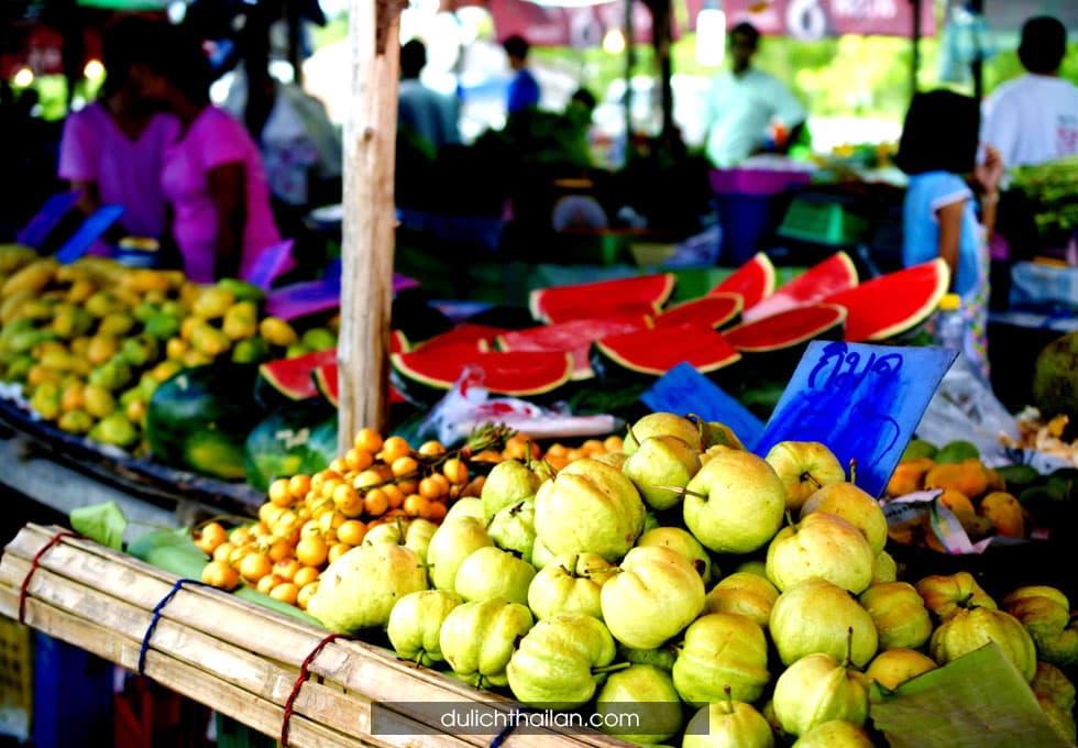 chợ trái cây Phuket