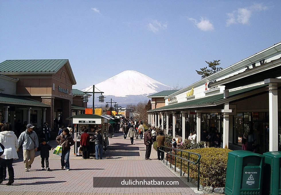 Gotemba-Premium-Outlets
