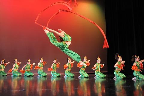 Du lịch Trung Hoa thưởng thức Nghệ thuật múa đỉnh cao