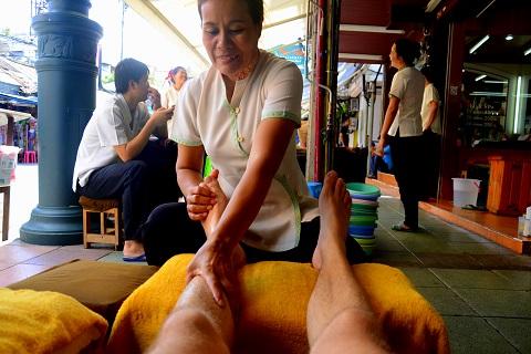 """Trải nghiệm kiểu massage """"độc nhất"""" tại Thái Lan – DU LỊCH THÁI LAN"""