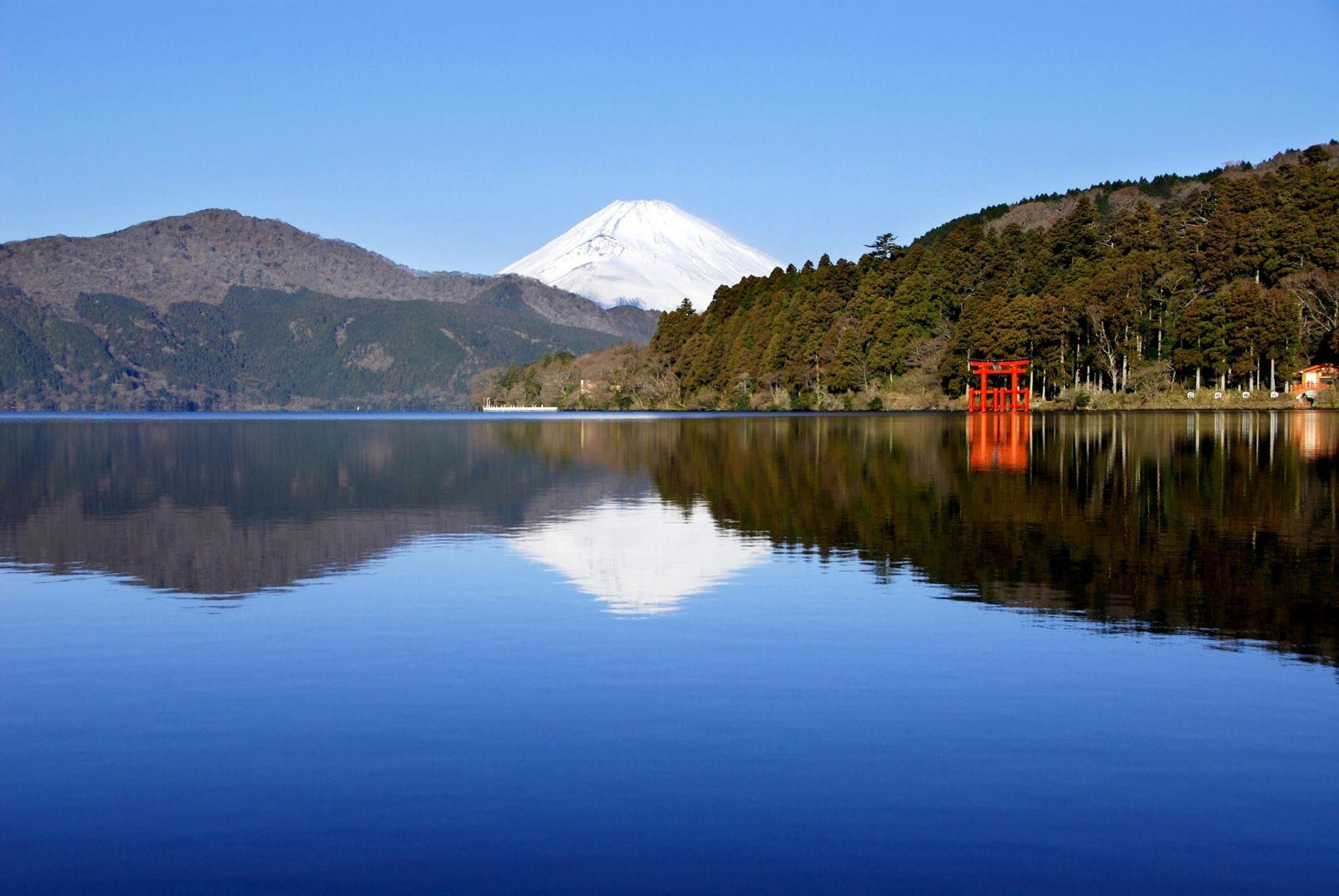 Du lịch Nhật Bản nhớ ghé thăm thắng cảnh Hakone