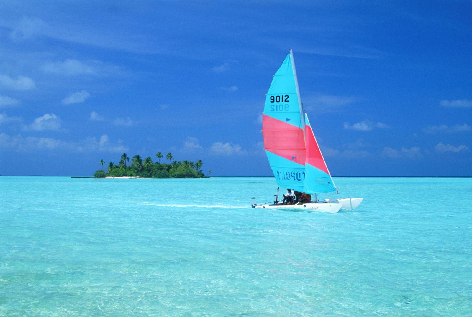 Thể thao dưới nước Maldives – Trải nghiệm hấp dẫn cho kì nghỉ của bạn