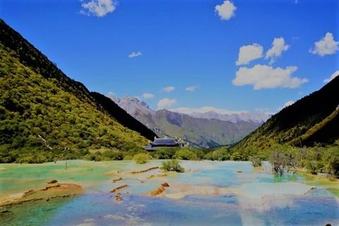 Vẻ đẹp chốn tiên cảnh của kiệt tác thiên nhiên ở khu thắng cảnh Hoàng Long
